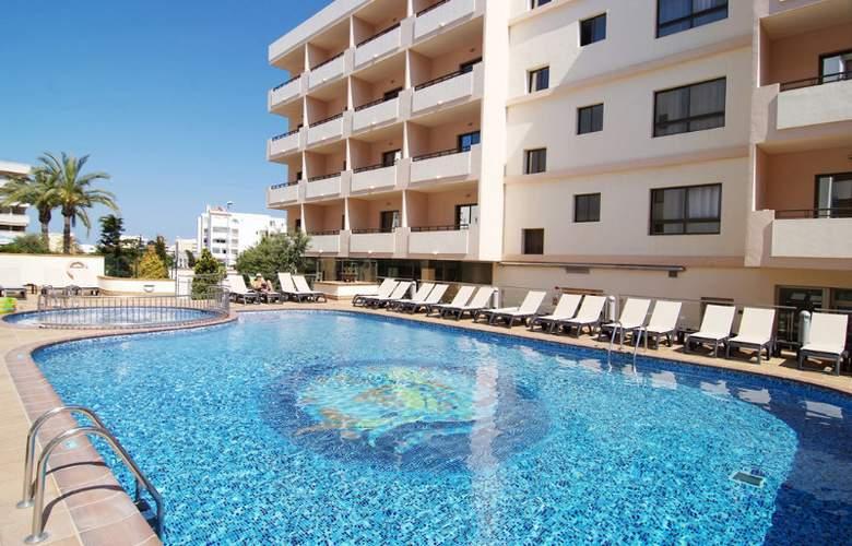 Invisa Hotel La Cala - Pool - 1