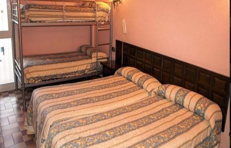 Parma - Room - 4