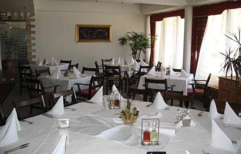 Murgavets - Restaurant - 6