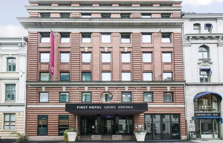 First Grims Grenka - Hotel - 0