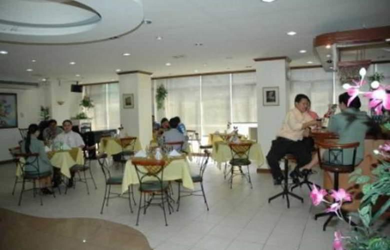 Rosas Garden Hotel - Room - 9
