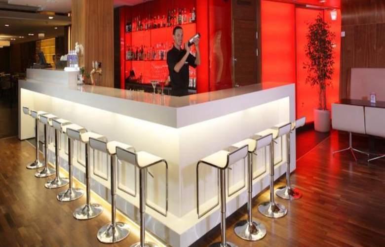 Radisson Blu Elizabete Hotel - Bar - 12