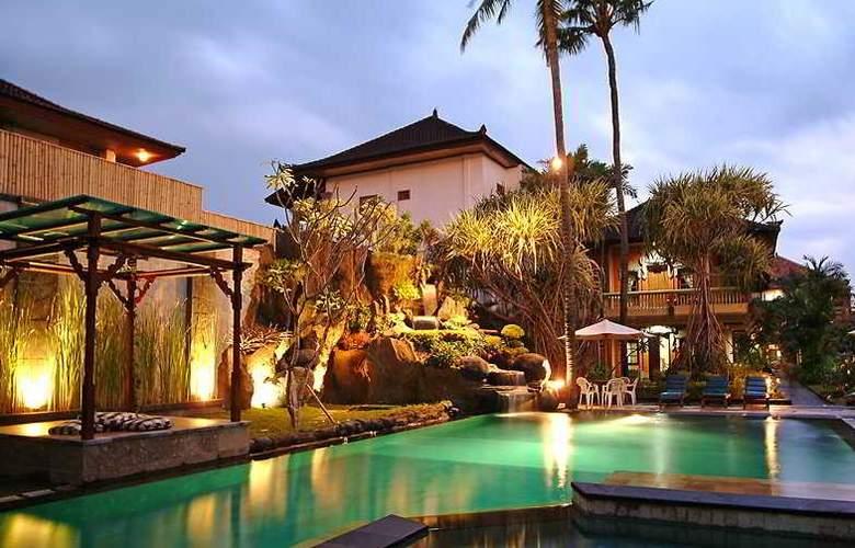 Adi Dharma Cottages - Pool - 6