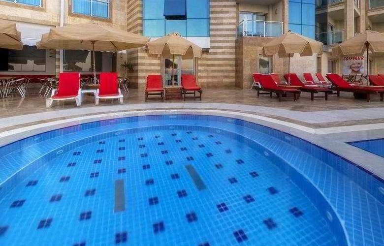 Charisma De luxe - Pool - 6