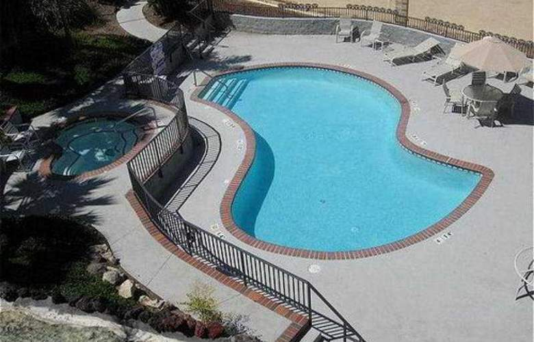 Holiday Inn Express Grover Beach - Pool - 8