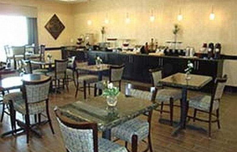 La Quinta Inn & Suites Fort Worth Lake Worth - Restaurant - 5