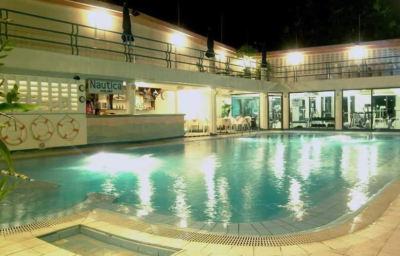 Patio Pacific Boracay - Pool - 13