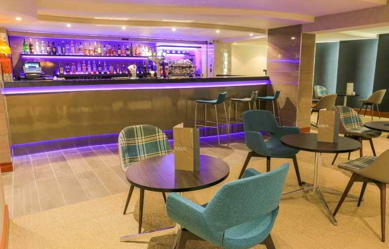 Mercure London Heathrow - Bar - 3