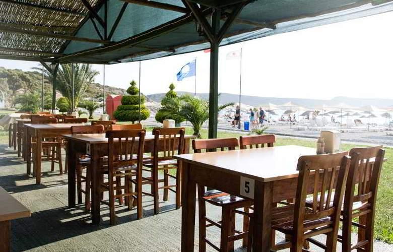 Hanedan Beach - Bar - 9