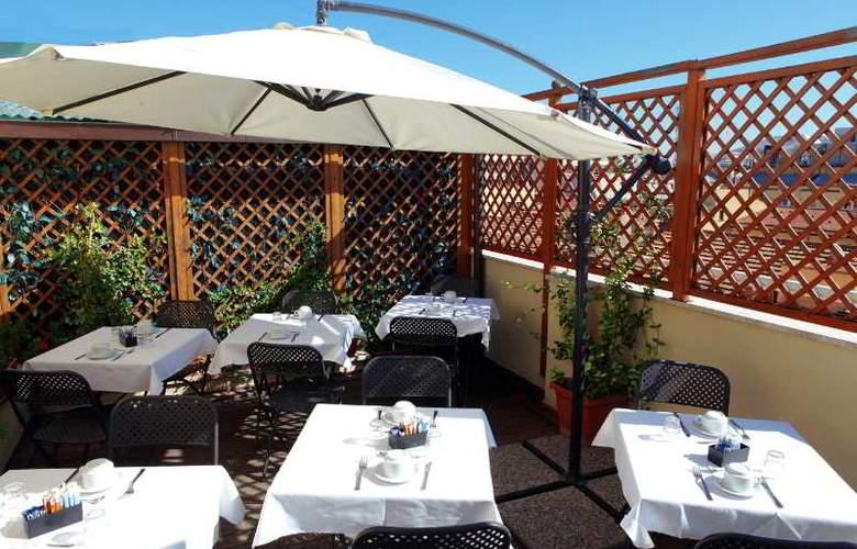 Exe Domus Aurea - Terrace - 9