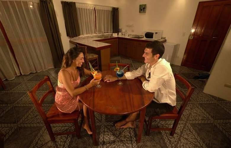 Best Western Tamarindo Vista Villas - Room - 16