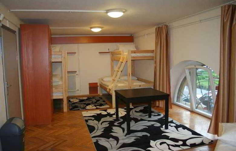 Hello Budapest Hostel - Room - 8