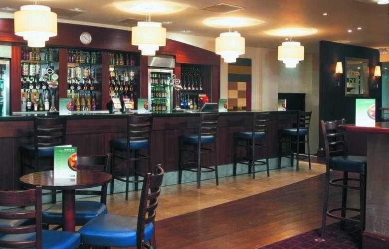 Holiday Inn Runcorn - Bar - 2