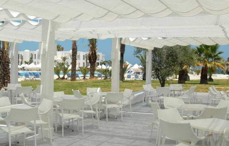 Vincci Helios Beach - Terrace - 6