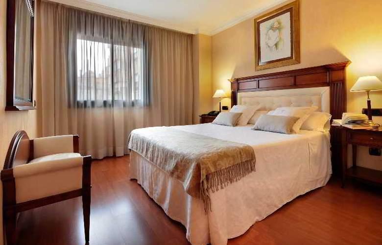 Hispanos 7 Suiza Apartament-Restaurant - Room - 5