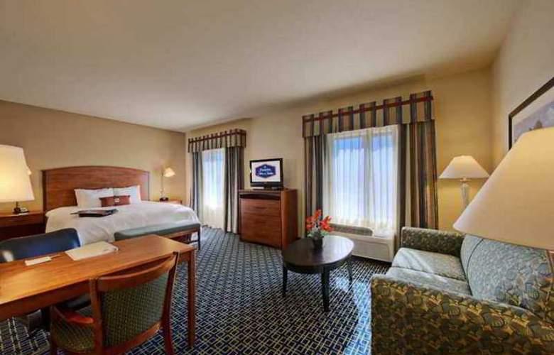 Hampton Inn & Suites Lancaster - Hotel - 3