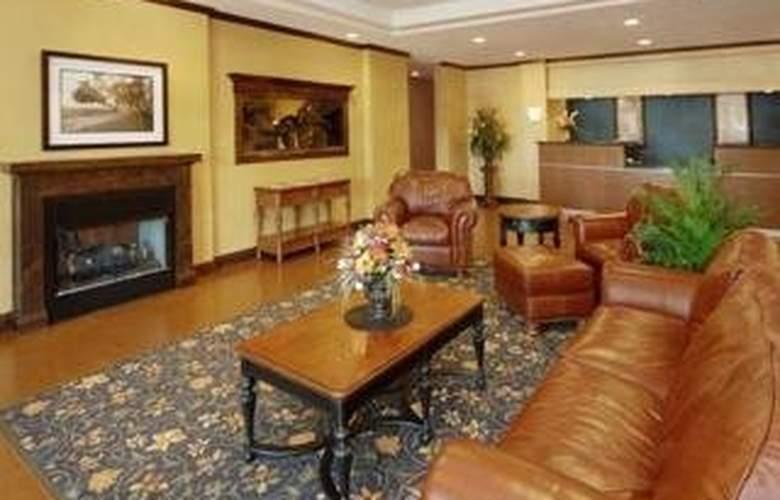 Comfort Inn & Suites Near Lake Lanier - General - 1
