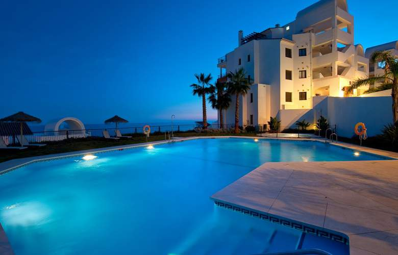 Olée Holiday Rentals by Fuerte Group - Pool - 23