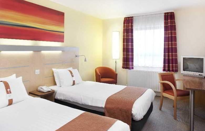 Holiday Inn Express Antrim - Room - 9