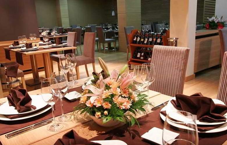 Silver - Restaurant - 9