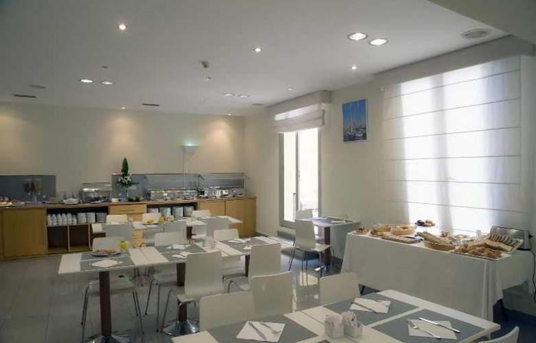 BCN Urban Gran Ducat - Restaurant - 20