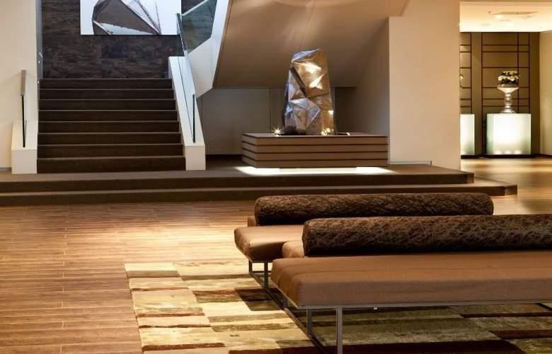 AC Hotel Iberia Las Palmas by Marriott - General - 11