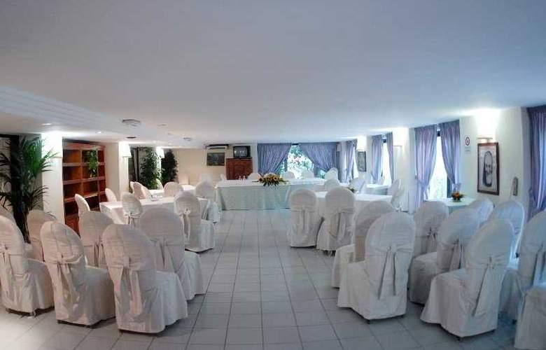 Hotel V7 - Conference - 5