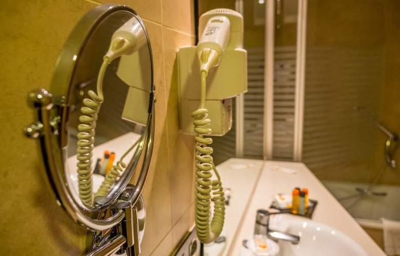 Golden Avenida Suites - Room - 11