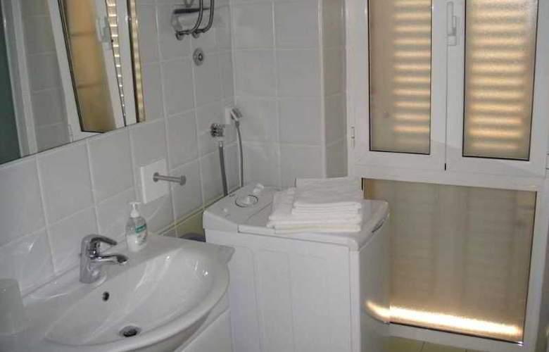 Apartmani Ivana - Room - 2