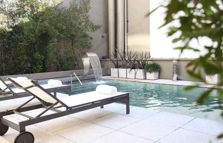 Atempo Design Hotel - Pool - 9