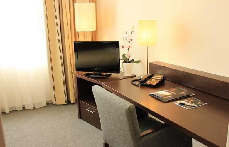 Luetzow - Room - 5