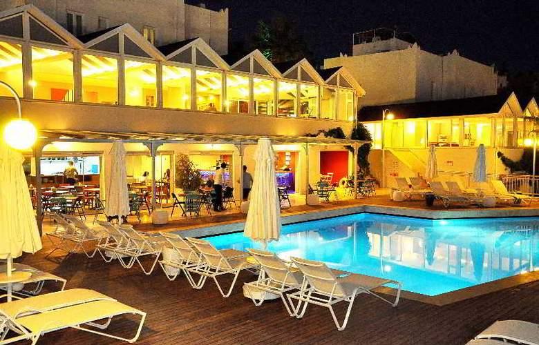 Bodrum Eos hotel - Pool - 4
