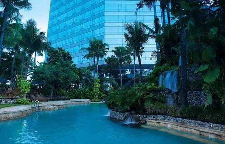JW Marriott Surabaya - Pool - 6