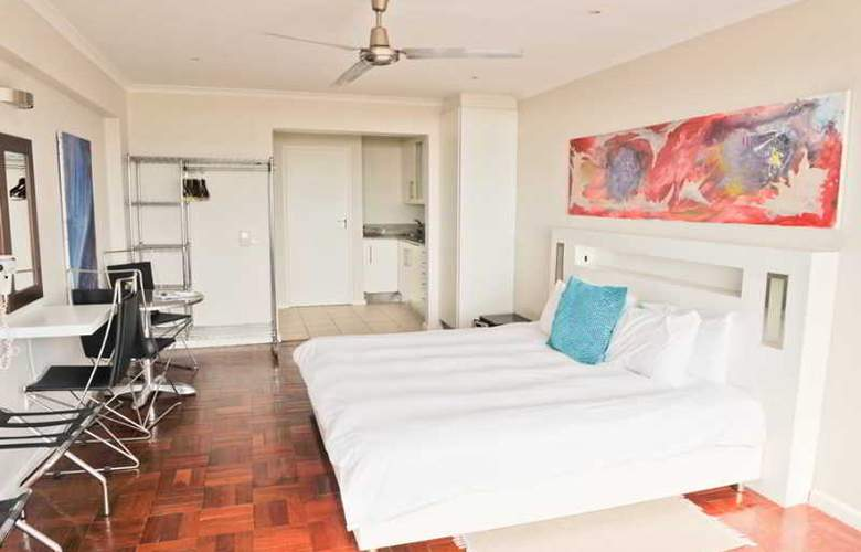 Mouille Point Village - Room - 14