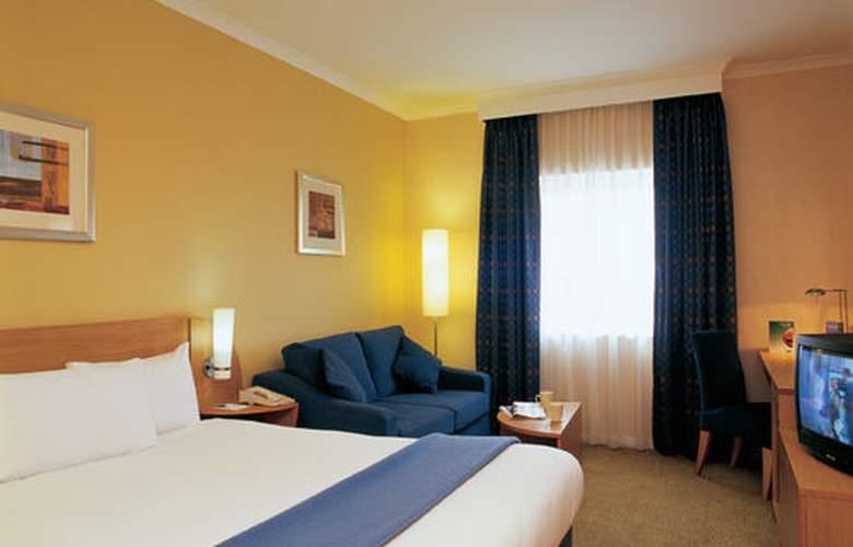 Holiday Inn London Brent Cross - Room - 1