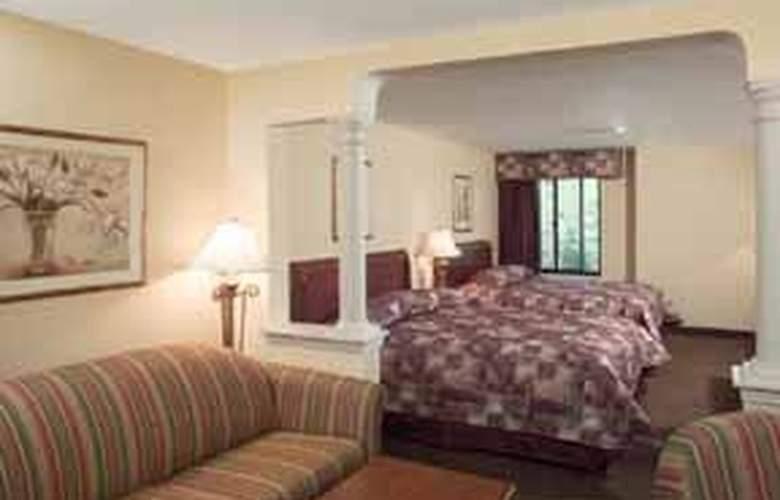 Comfort Suites (Biddeford) - Room - 2