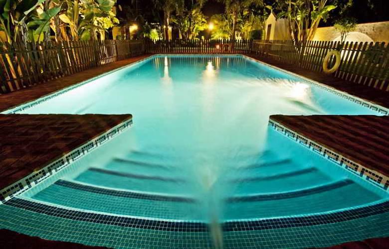 Hacienda Roche Viejo - Pool - 38