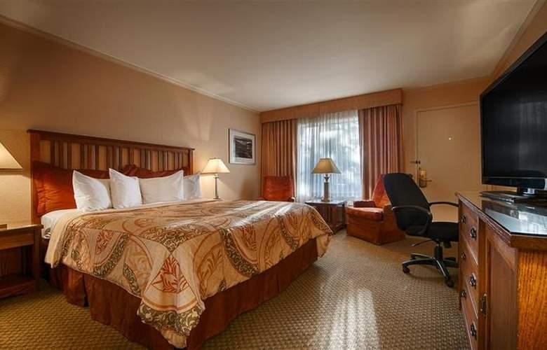 Best Western Plus Station House Inn - Hotel - 39