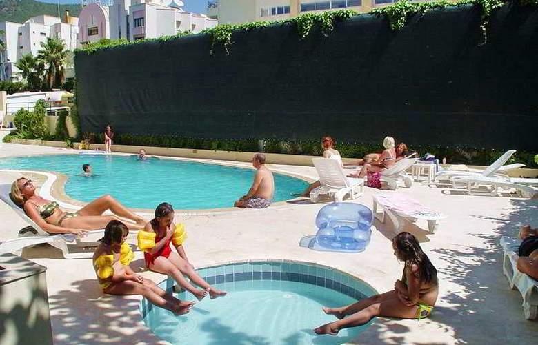 Miray Hotel - Pool - 5