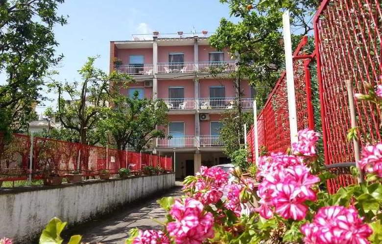 Casa Susy - Hotel - 0