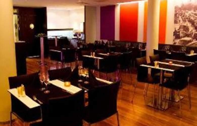 BEST WESTERN PLUS Kalmarsund Hotell - Bar - 30