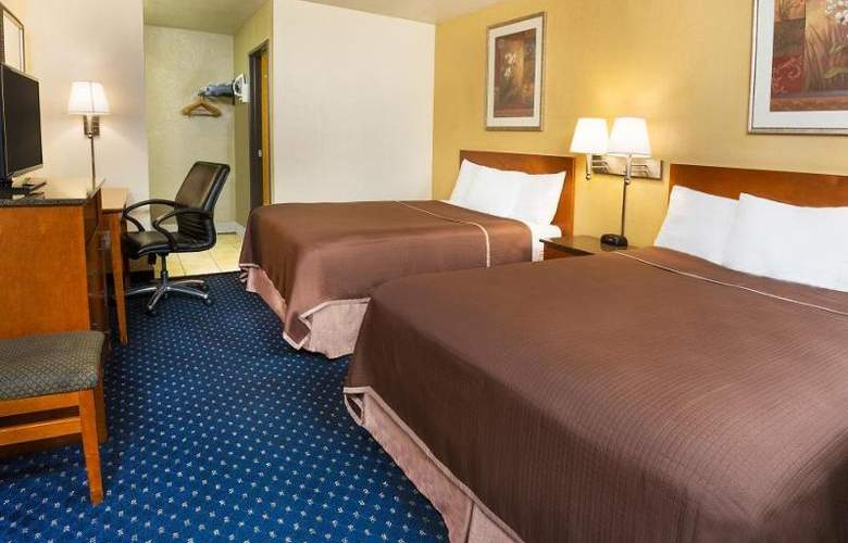 Howard Johnson Express Inn National City/San Diego - Room - 12