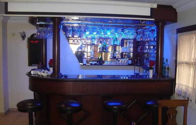 Reutlingen Hof Hotel - Bar - 5