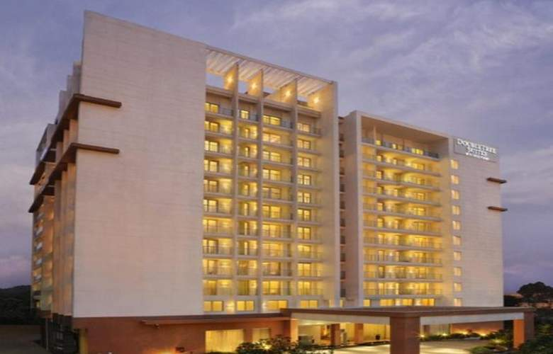 DoubleTree by Hilton Bangalore Outer Ring Road - Hotel - 4
