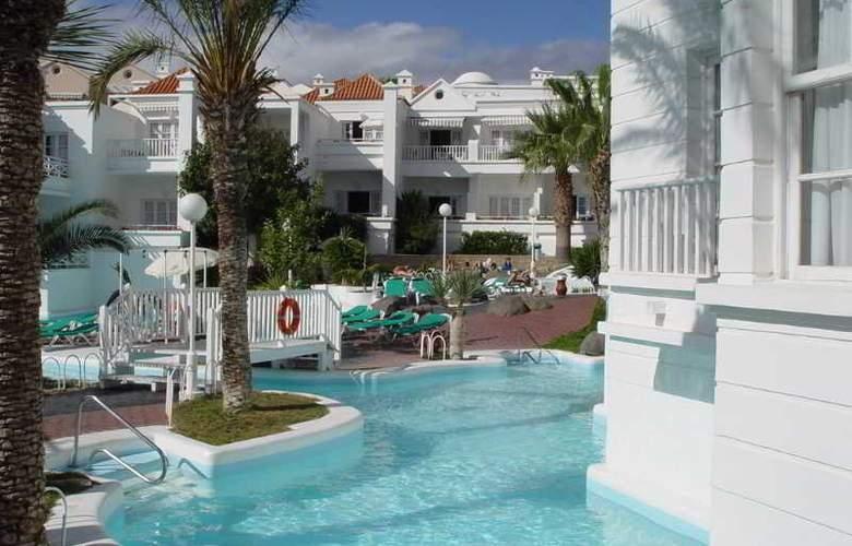 Lagos de Fañabe - Hotel - 4