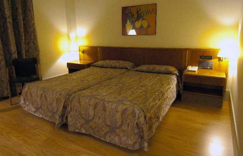 Domo - Room - 11