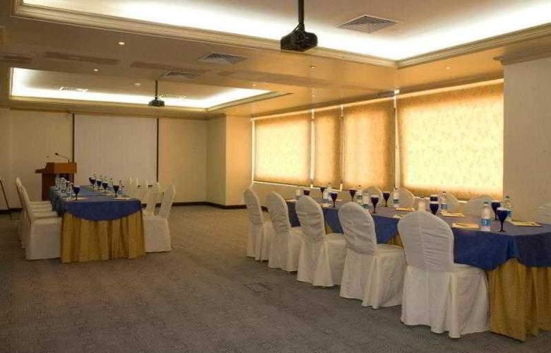 Golden Tulip Al Khobar - Conference - 14