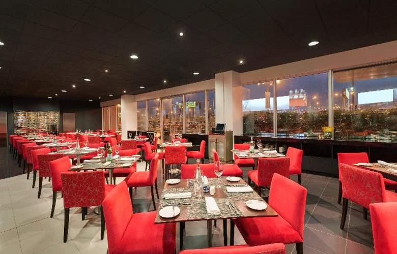 Costa del Sol Wyndham Lima Airport - Restaurant - 32