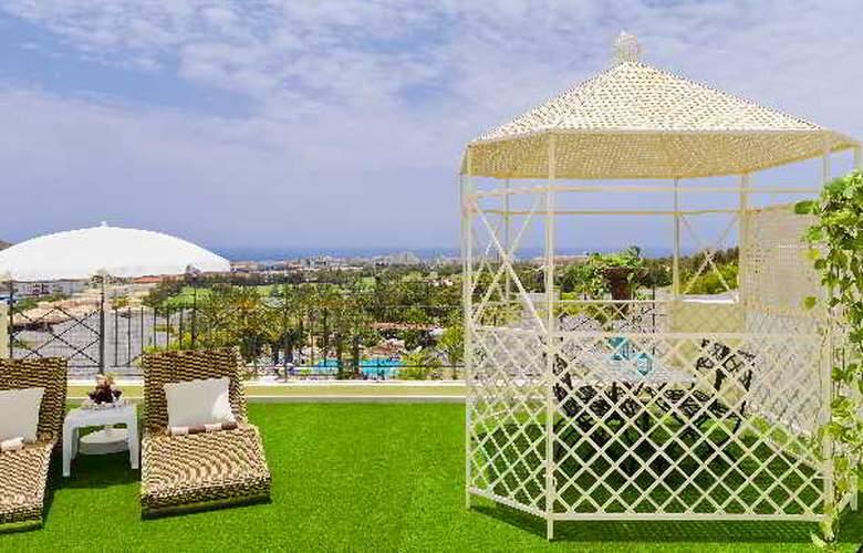 Gran Oasis Resort - Terrace - 14