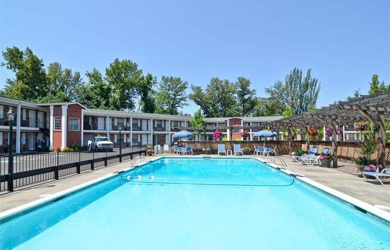 Best Western Horizon Inn - Pool - 100
